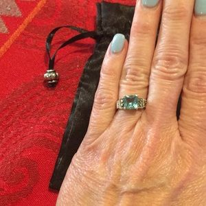 Jewelry - Silver ring with aquamarine stone